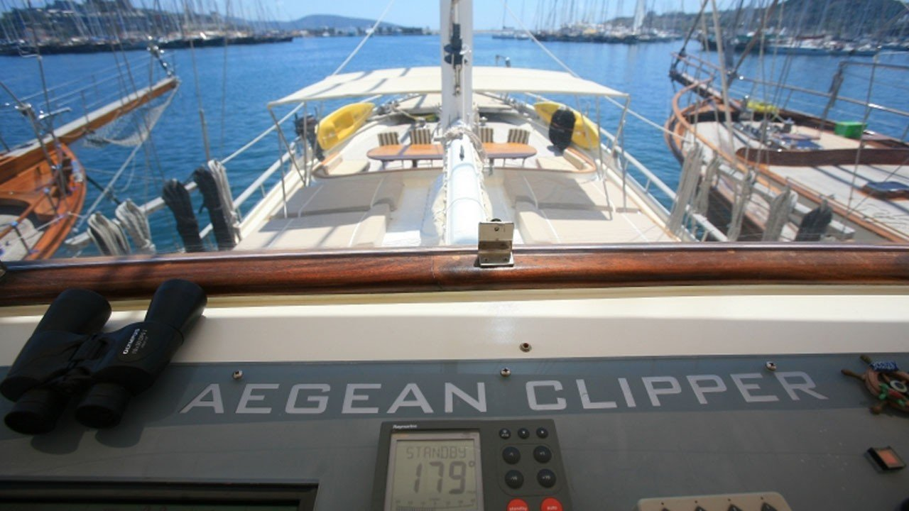 Aegean Clipper
